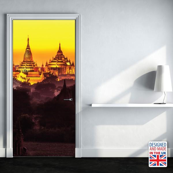 Nalepka za vrata Zlati tempelj (90x200 cm)
